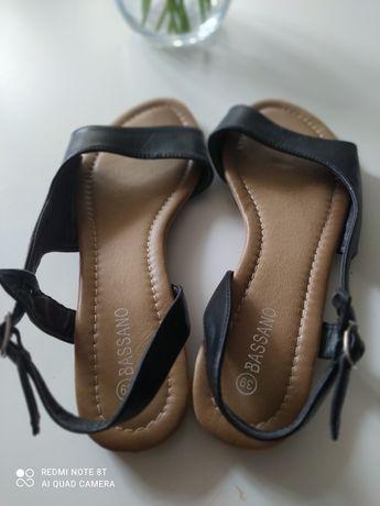Buty sandały czarne