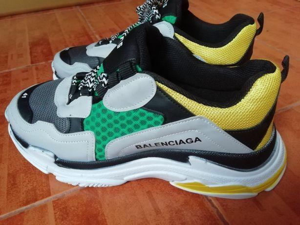 Мужские, женские кроссовки Triple S Belenciaga