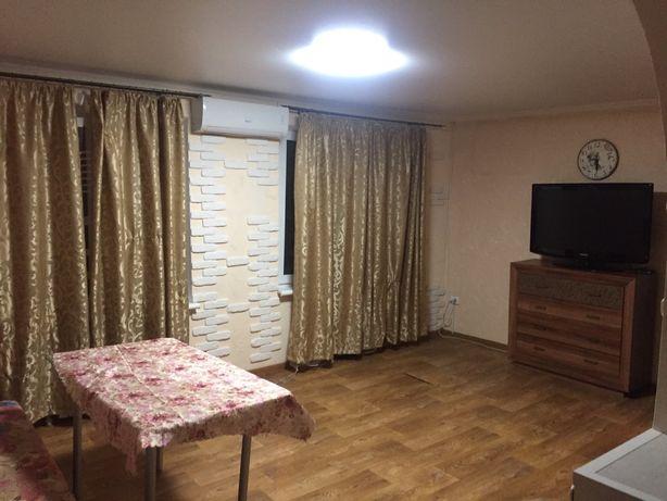 Двухкомнатная квартира Малиновского.хозяйка