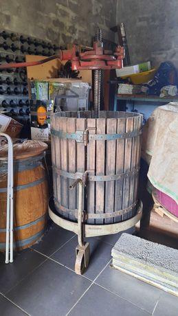 Prensa de vinho manual