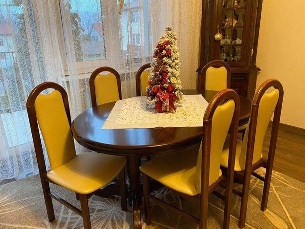 Sprzedam stół drewniany z krzesłami