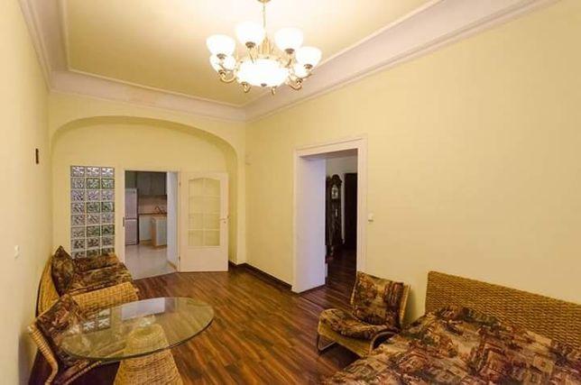 Здається в оренду квартира в центрі Львова (пл. Ринок)