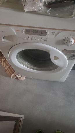 Sprzedam pralkę  na części