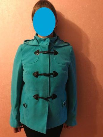 Продам осенне-весеннюю стильную женскую куртку