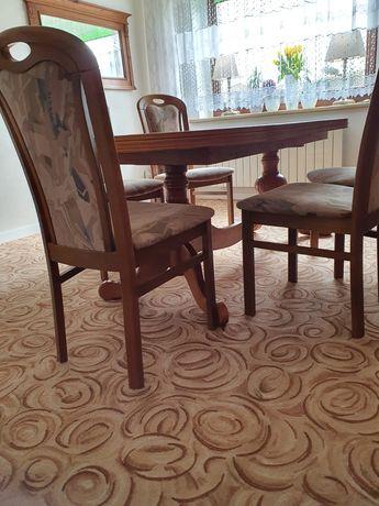 Komplet mebli duży stół i krzesła
