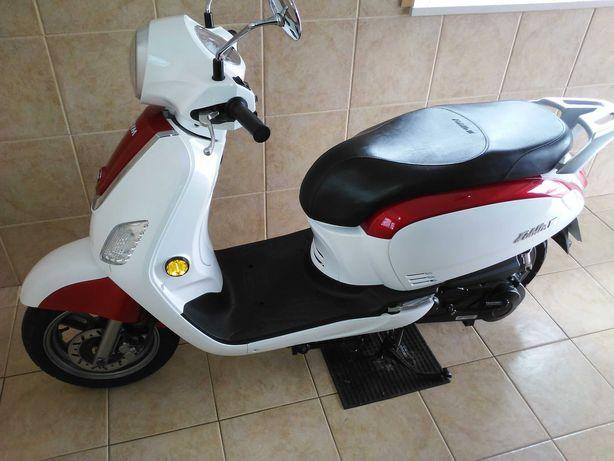 Scooter 125 sym como nova