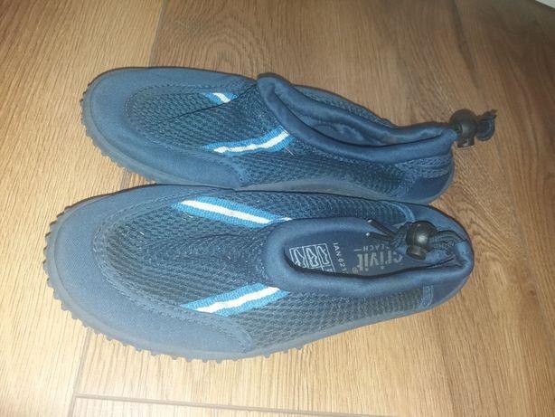 Buty plażowe do pływania 34r