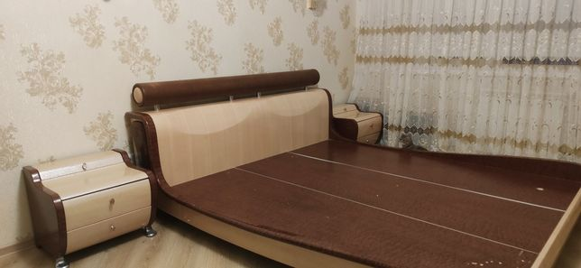 СРОЧНО!!! Продам спальный гарнитур, кровать, тумбочка