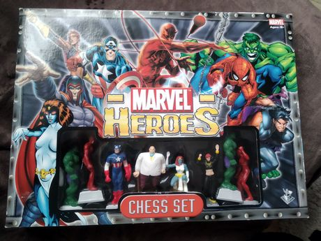 Marvel Heroes Chess Set szachy unikat