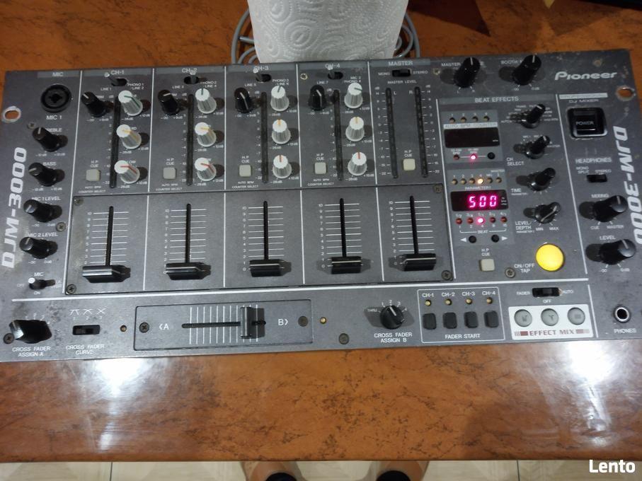DJ. Pioneer DJM- 3000