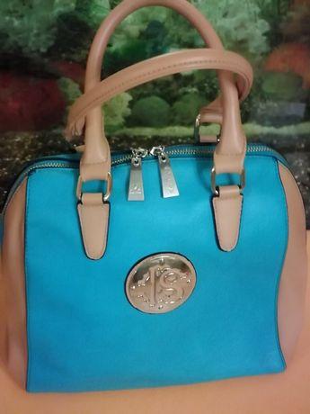 Продам новую стильную сумочку