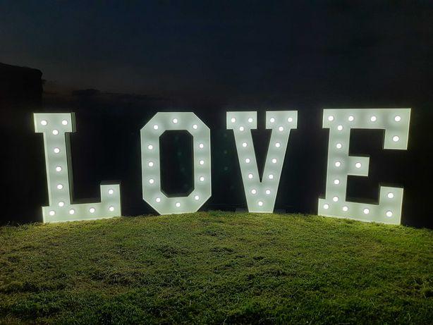 Napis LOVE ślub wesele