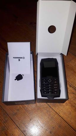 sprzedam telefon Hammer 3
