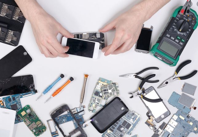 iPhone MacBook Serwis Wymiana Baterii Wymiana Wyświetlacza