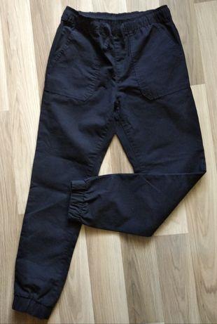 Стильные штаны-джогеры