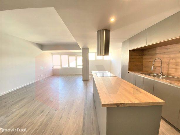Apartamento T3 Renovado na Quinta do Marquês Oeiras