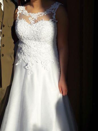 Suknia ślubna w literke A uniwersalny rozmiar