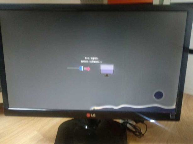 monitor  LG  22M45D  z  wadą
