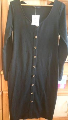 Czarna nowa z metkami sukienka na długi rękaw w rozmiarze M