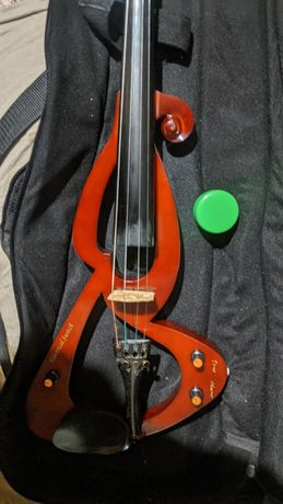 скрипка   майстрова електро ЭЛЕКТРОСКРИПКА в гарному стані. Нова