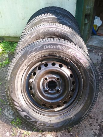 Продам б/у зимние колёса TOYO GSI-5 4 шт. с дисками на Ланос R13 4*100