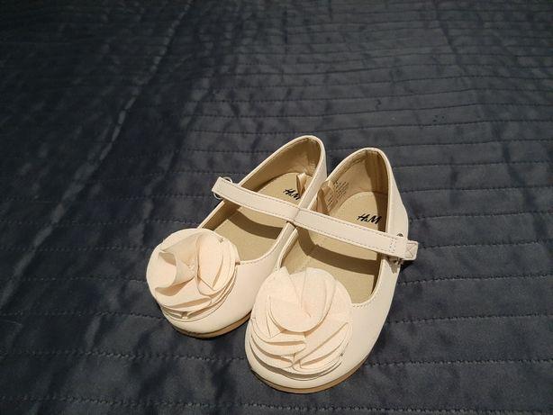 Balerinki Baletki HM r. 22