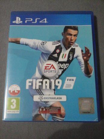 Gra FIFA 19 ps4 stan idealny pl wersja