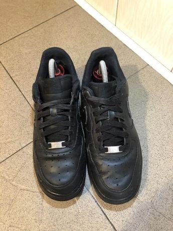 Шкіряні кросівки nike air forse