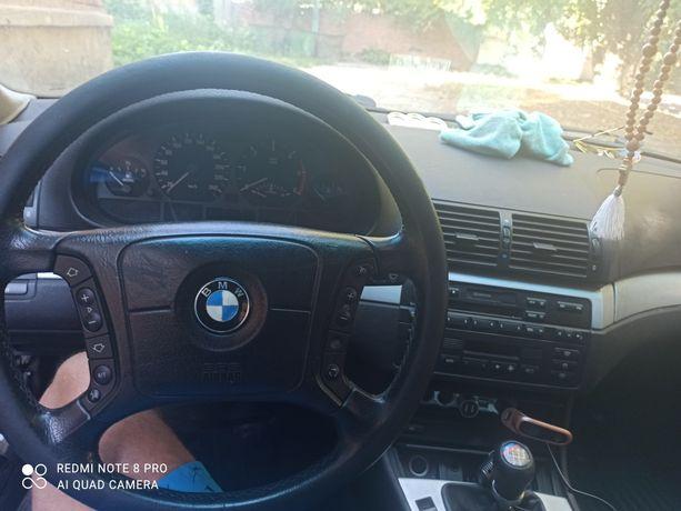 BMW  320d e46 1700$