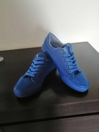 Buty trampki niebieskie