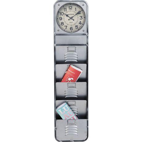 Zegar z kieszeniami