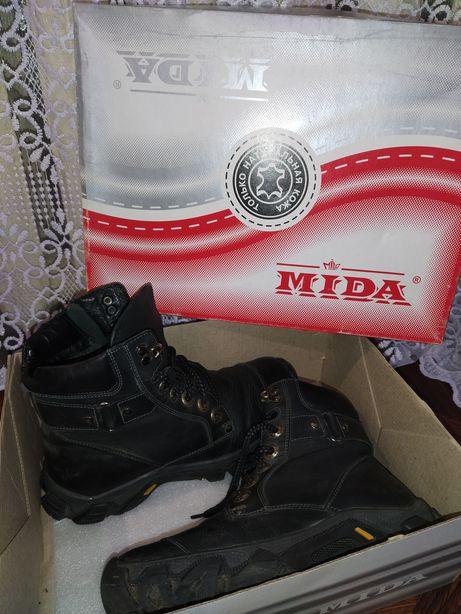 Ботинки MIDA на подростка