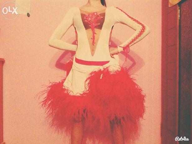 Продаю латинские платья:) в отличном состоянии:)