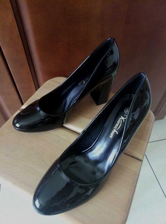 Туфлі лакові нові , 39 р. (реально на 38.5), каблук 8 см