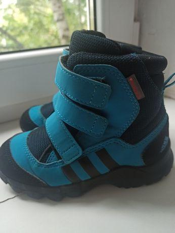 Сапожки, ботинки, термосапожки adidas оригинальные 25