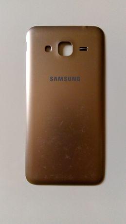 Capa traseira Samsung J3 2016 usada, com algumas marcas de uso, mas em