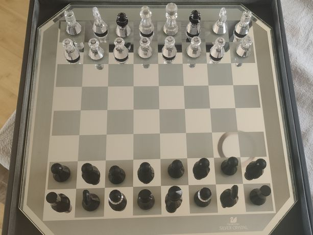 Swarovski tabuleiro xadrez silver crystal.