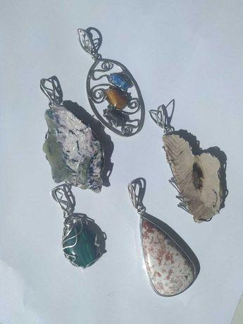 Кулоны с натуральными камнями ручной работы в серебре