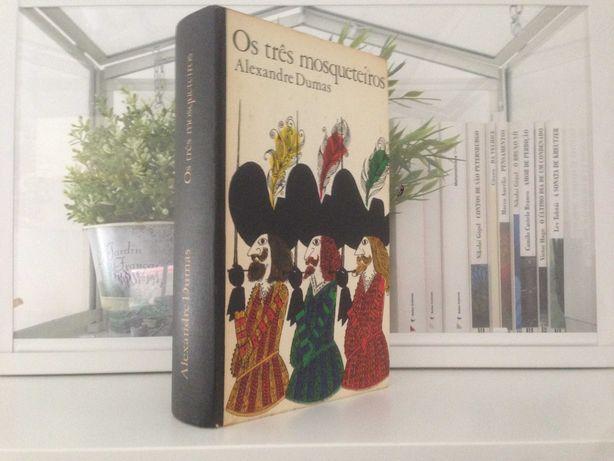 Os Três Mosqueteiros, de Alexandre Dumas PORTES GRÁTIS