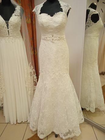 Suknia ślubna używana koronka rozm 38