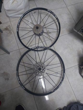 Rodas de bicicleta 26 com disco e cassete novas