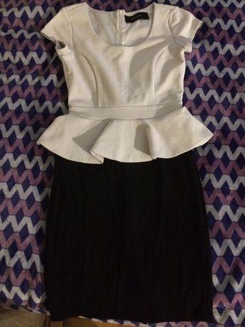Платье с баской Reserved S