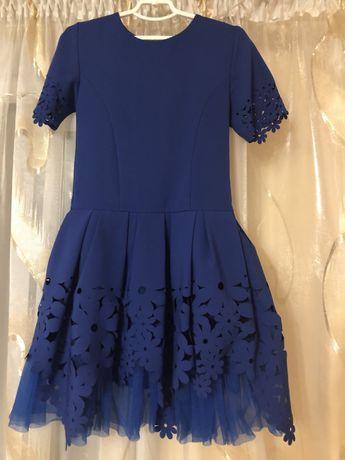 Плаття для дівчинки на ріст 137 см