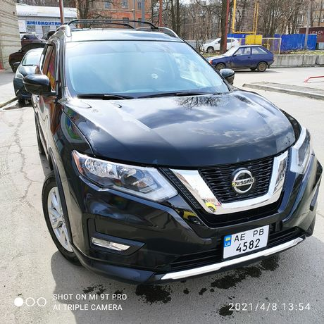 Nissan rogue SV+ AWD