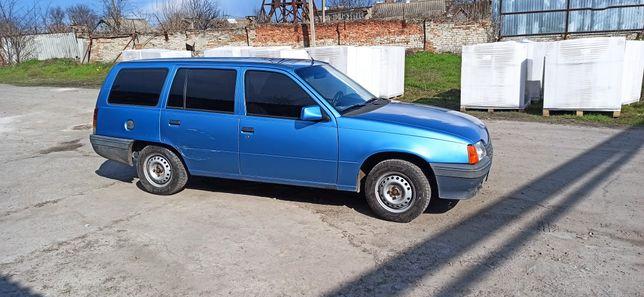 Автомобиль Опель Кадет 1988г.в.(дизель)(разумный торг)