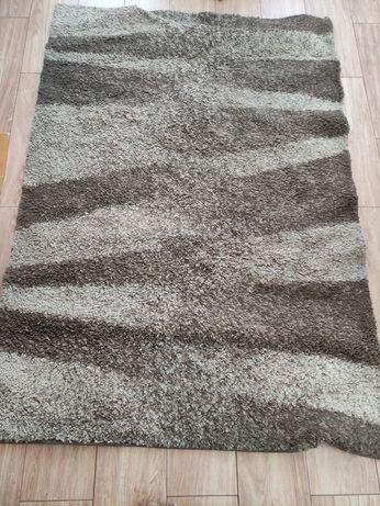 Mały dywan beżowo brązowy