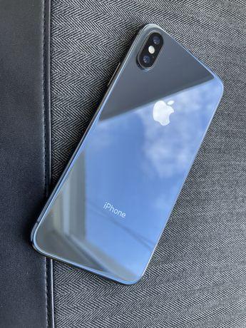 Продам Iphone X 64