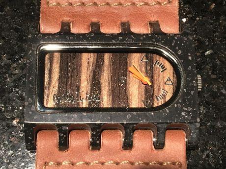 Drewniany zegarek MISTURA (z drewna teakowego)