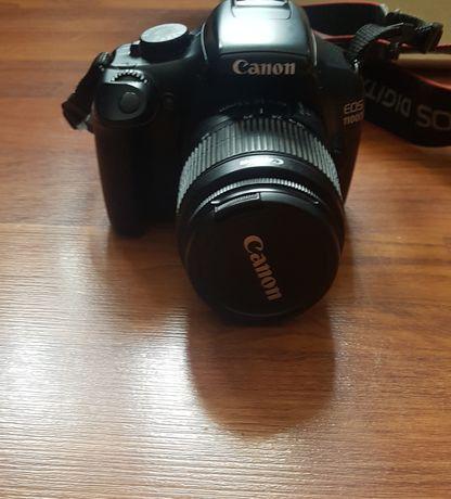 Lustrzanka Canon EOS 1100D