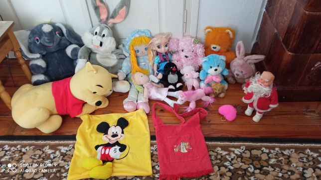 Іграшки.          .